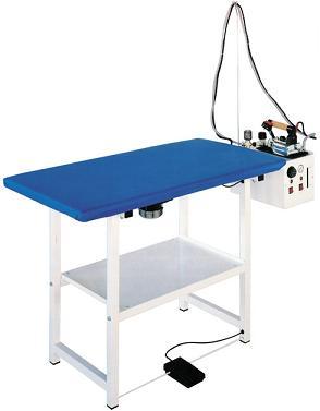 žehlící stůl Futura RC5 s vyvíječem páry na 5l a žehličkou +podložka a teflonový návlek