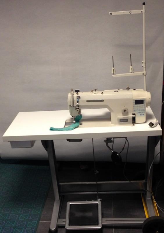 jednojehlový prům.stroj SEWMAQ SWD 8700A-7 M-70E se servomotorem v hlavě stroje