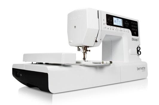 šicí a vyšívací stroj Bernette Chicago 7 + software Gustomizer ZDARMA-1