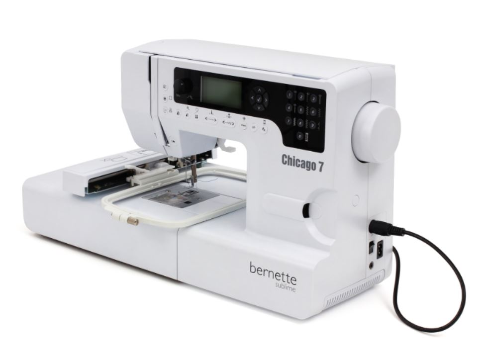 šicí a vyšívací stroj Bernette Chicago 7 + software Gustomizer ZDARMA-3