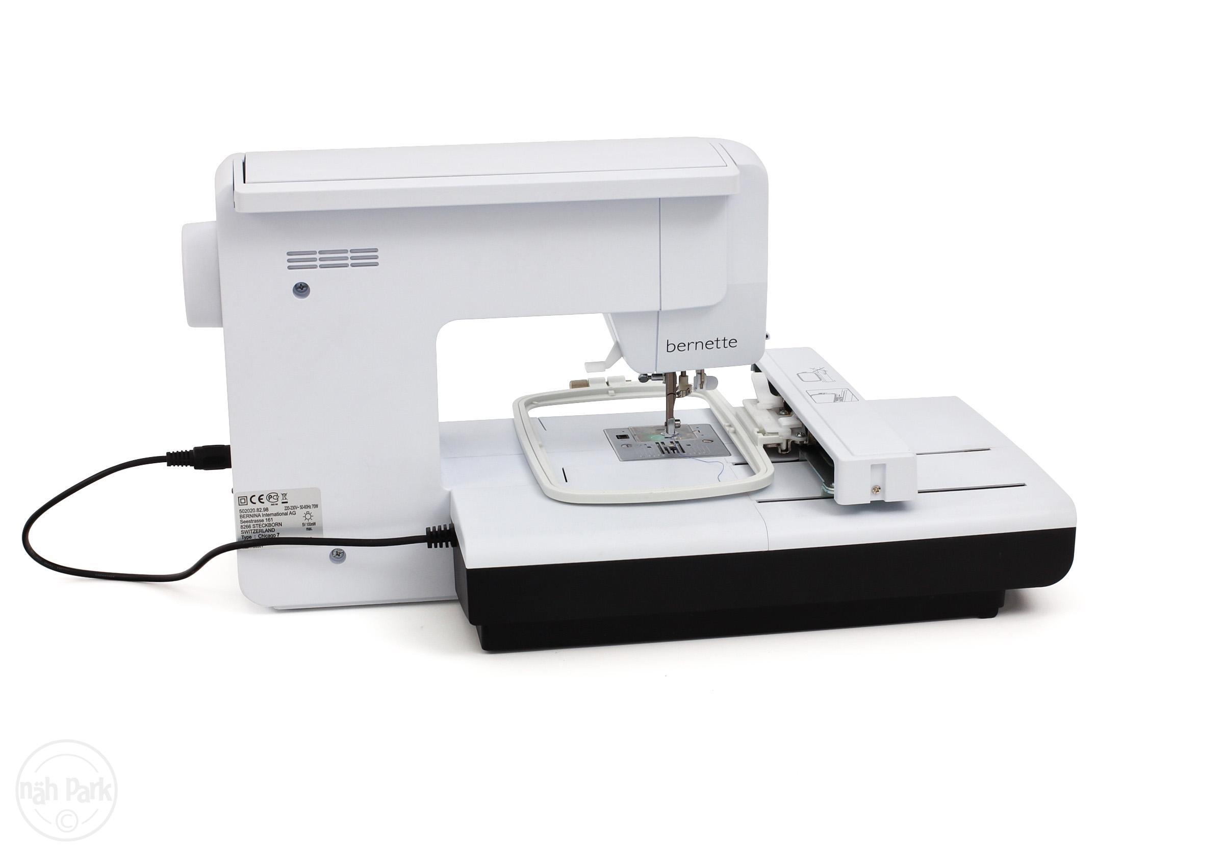 šicí a vyšívací stroj Bernette Chicago 7 + software Gustomizer ZDARMA-4