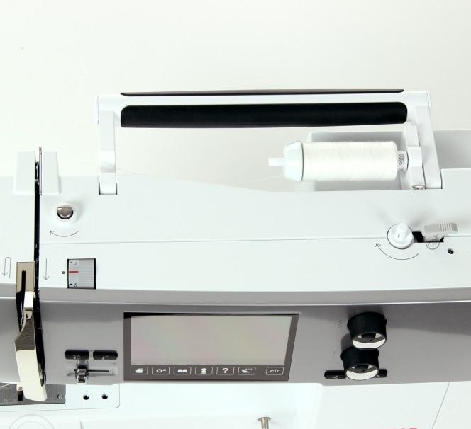 šicí stroj Bernina 570 QE-3