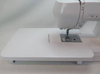 šicí stroj Elna eXperience 550  + sada kvalitních jehel Organ ZDARMA -3