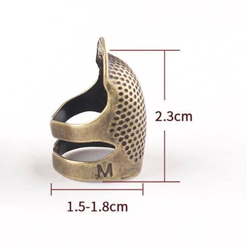 Náprstek kovový-velikost M-1