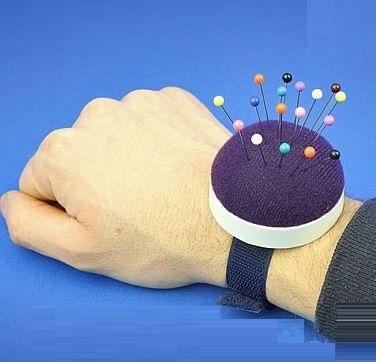 jehelníček na ruku,kulatý na jehly na zápěstí ruky-1