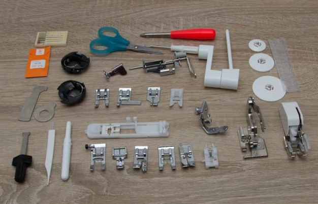 šicí a vyšívací stroj Brother NV 2600-3