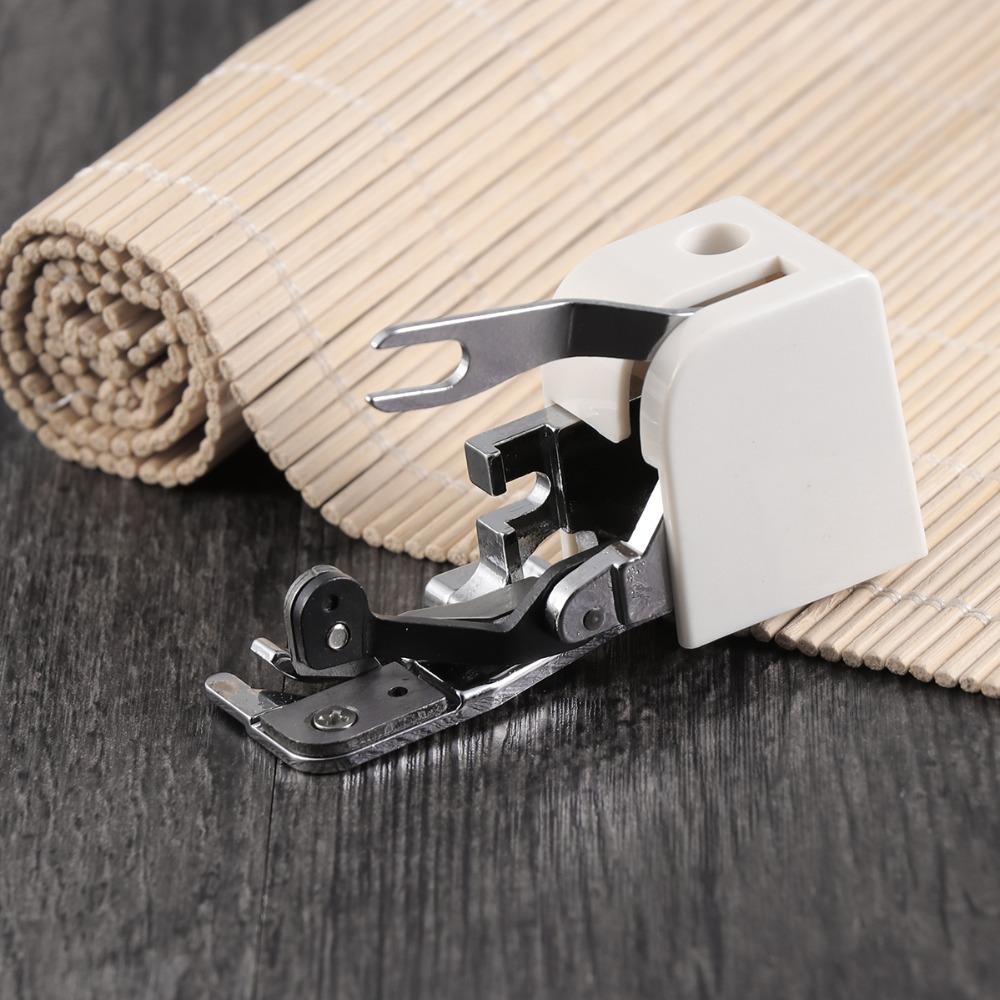 patka overlocková s ořezem látky original Brother-1