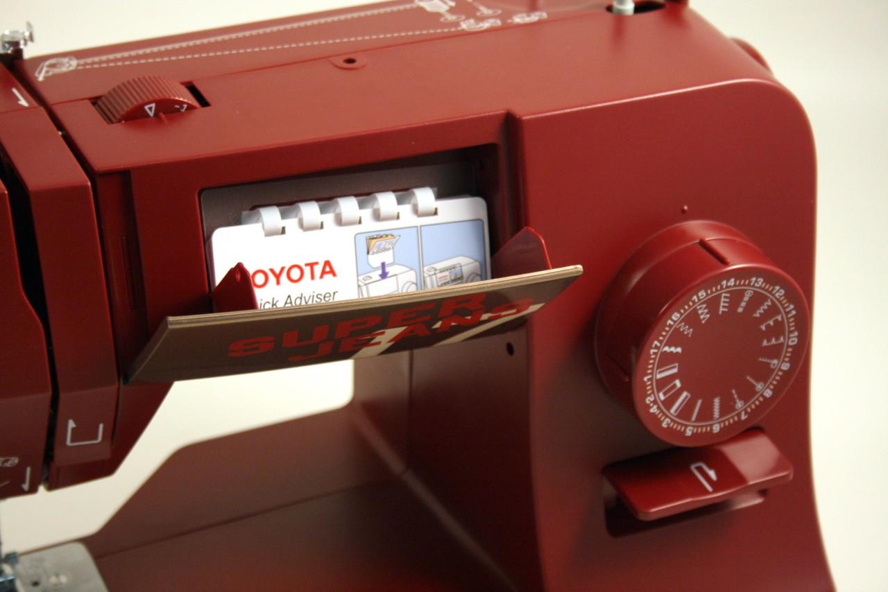šicí stroj Toyota Super Jeans 17 červená-5