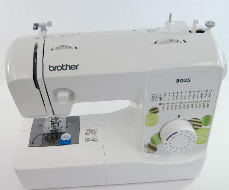 šicí stroj Brother BQ 25 + dárek-3