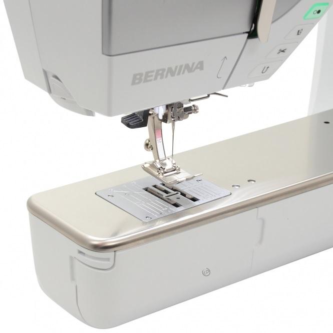šicí stroj Bernina 720QE + BSR patka + 5let záruka-8