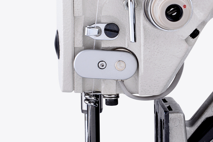 Jack T1900BS elektronický závorovací šicí stroj - ryglovačka-1