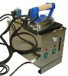 žehlící prkno BR/A SXD + žehlička s vyvíječem Pratika 5l-1