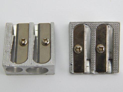 ořezávátko pro krejčovskou tužku kov, silná+slabá díra