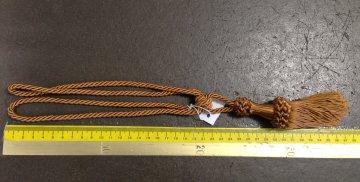 Ozdobná závěsová šňůra kroucená 35cm s úvazkem tmavá zlatá