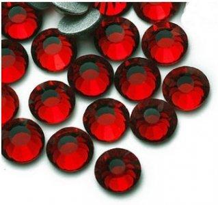 5mm nalep.kamínky broušené siam = tmavě červené