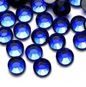 4mm nalepovací kameny broušené saphire = modrá