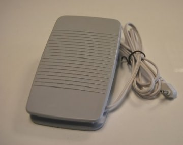 pedál Brother XD0501121 pro řady BC/ES/NV