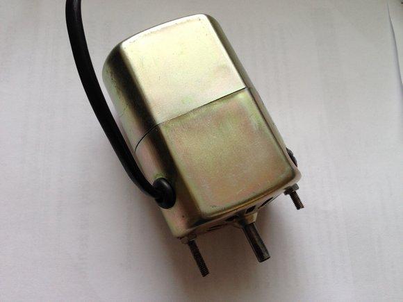 motor pro šicí stroje 220V/70W/5000RPM/0,35A bez řemeničky