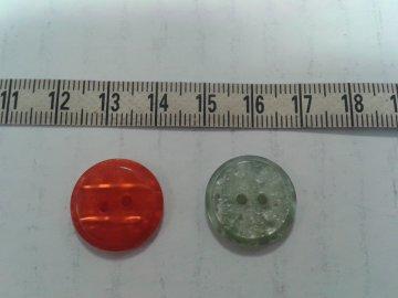 knoflík cihlová perleť vel.28, 2 dírky