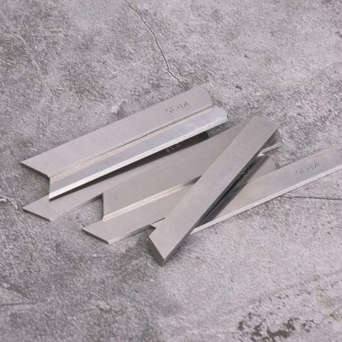 nůž spodní na overlock průmysl Siruba, Pfaff, Jack