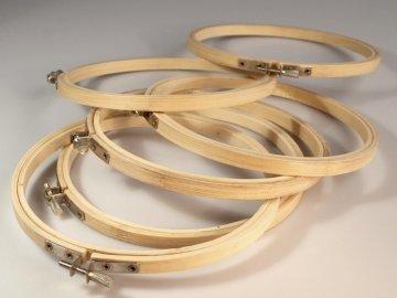 kroužek na vyšívání 19cm(vnitřní), 20cm (vnější) dřevěný