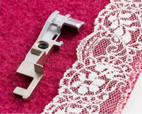 patka pro přišívání krajky pro overlock Singer