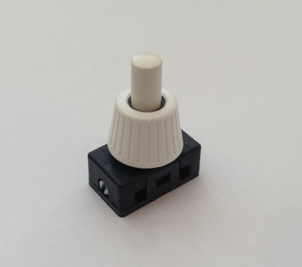 vypínač tlačítkový na světlo - Veritas