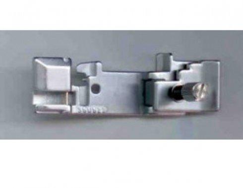 patka na přišívání gumy 350522 pro Singer 14U a Pfaff 4860/4870