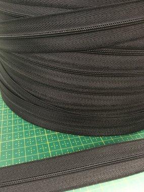 zdrhovadlový pás WS0/vel.3mm plast černý