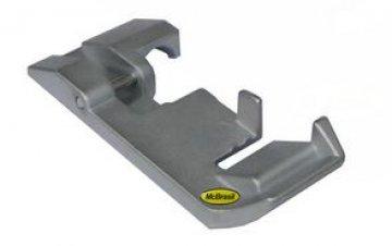 patka pro všívání pásku k overlocku