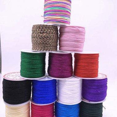 guma kulatá*1,5 mm různé barvy